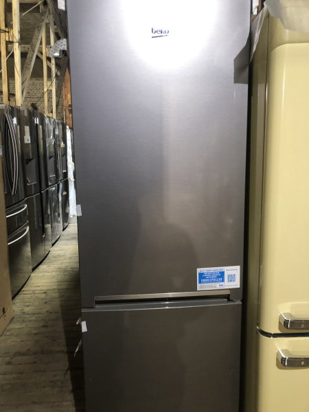 Kombi-Kühlschränke Retouren-Ware verschiedene Modelle